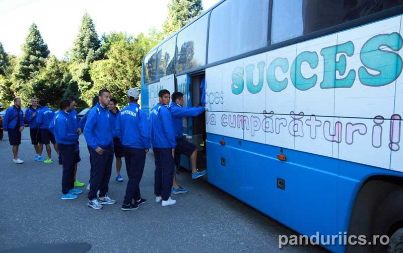 PANDURII-SUCCES